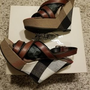 Burberry Warlow wedges